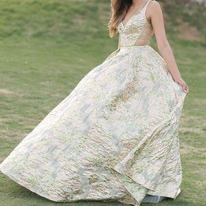 Jovani Gold/Green Metallic Gown Size 0